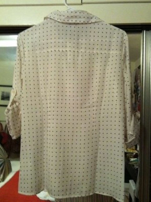 Banana Republic Blouse Slub Sleeve Front Pocket Button Down Shirt Cream with Navy Polka Dots