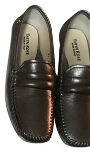 Taryn Rose Dark metallic silver Flats