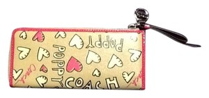 Coach Poppy Collection/Graffiti Hearts Accordian Wallet
