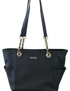 Calvin Klein Tote in Black/Gold