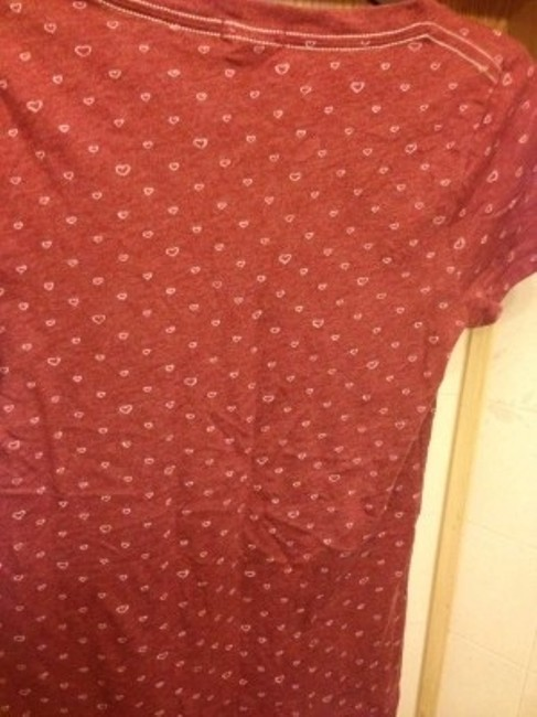Hollister Yellow White Text Graphic T-shirt T Shirt burgandy
