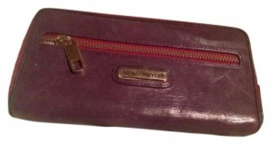 Preload https://img-static.tradesy.com/item/161104/rebecca-minkoff-purple-paperplastic-wallet-0-0-540-540.jpg