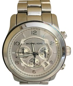 3575cceb3477 Michael Kors Michael Kors Oversized Runway Silver Tone Chronograph  Stainless Steel