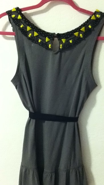 Anthropologie Top gray w/blk & yellow