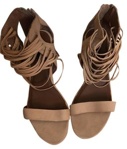 Matiko Light tan / beige Sandals