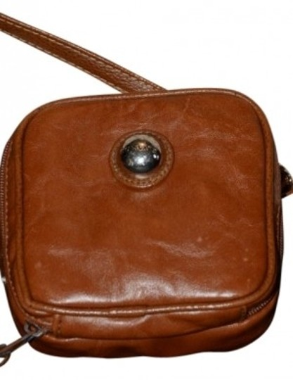Preload https://item5.tradesy.com/images/capezio-cute-brown-leather-cross-body-bag-16114-0-0.jpg?width=440&height=440