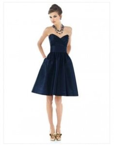 Alfred Sung Midnight Peau De Soie D542 Formal Bridesmaid/Mob Dress Size 8 (M)