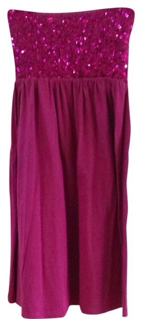 Preload https://img-static.tradesy.com/item/1611423/fuschia-short-casual-dress-size-2-xs-0-0-650-650.jpg