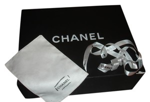 Chanel Chanel box magnetic closure for Maxi Chanel flap bag, cloth and ribbon