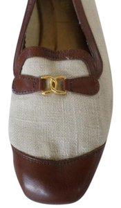 California Magdesians Beige & brown Flats