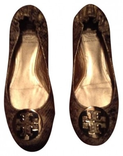 Preload https://item3.tradesy.com/images/tory-burch-gold-python-flats-size-us-8-161177-0-0.jpg?width=440&height=440