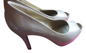 9$co Taupe Pumps