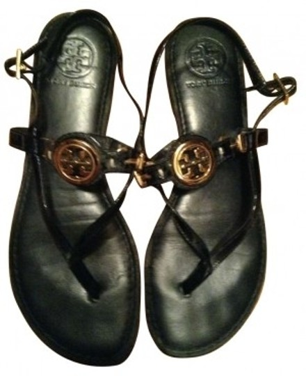 Preload https://item4.tradesy.com/images/tory-burch-black-patent-leather-gold-metal-medallion-sandals-size-us-8-161193-0-0.jpg?width=440&height=440