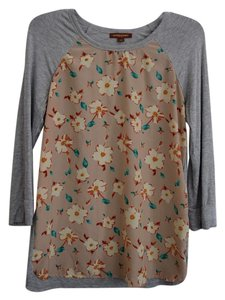 Hive & Honey 3/4 Length Sleeves Vintage Look Piperlime Soft Top Grey with Florals