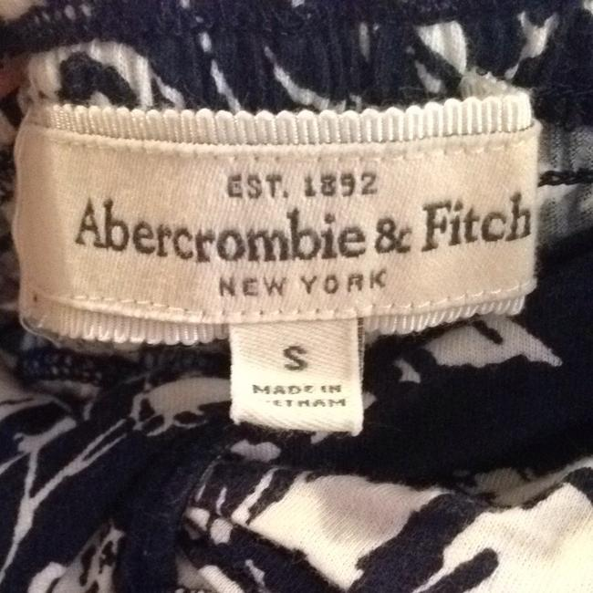 Abercrombie & Fitch Top Navy Blue & White