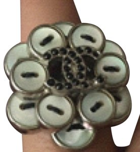 Chanel Chanel CC Bouton Button Ring 6