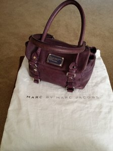 Preload https://item3.tradesy.com/images/marc-by-marc-jacobs-purple-leather-satchel-1612077-0-1.jpg?width=440&height=440