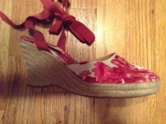 Burberry White with pink/green flowers Wedges