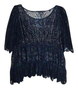 MAGNOLIA PEARL Lace Sheer Lace Tiered Lace Blouse Top Black