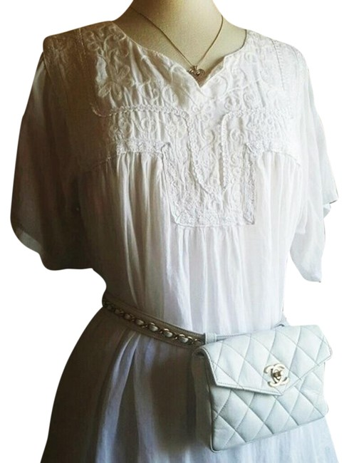Item - Fanny Pack Quilted Stitch White Lambskin Leather Weekend/Travel Bag