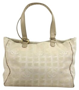 Chanel Classic Cc Neverfull Shopping Tote in Beige