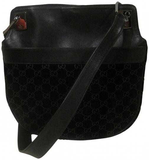 Preload https://item1.tradesy.com/images/gucci-messenger-tote-black-leather-and-suede-cross-body-bag-161260-0-0.jpg?width=440&height=440