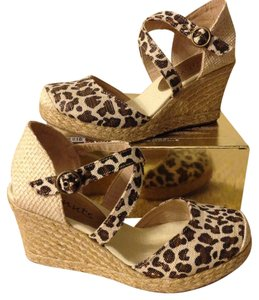 Coconuts Leopard and cream with gold Wedges