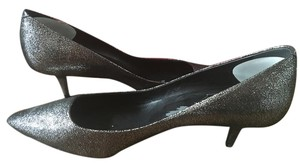 Roger Vivier Evening Classic Must Have Silver Shimmer Silver Leather Pumps