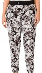 Forever 21 Patterned Plus-size Trouser Pants Gray Floral