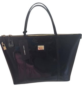 Dolce&Gabbana Tote in Black Patent with Gold Hardware