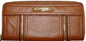 Michael Kors Michael Kors Moxley Luggage Brown Leather Gold Continental Zip Clutch Wallet