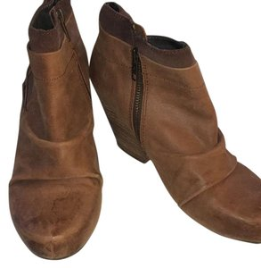 OTBT Brown Boots