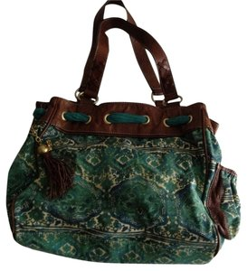 Juicy Couture Satchel in green/white