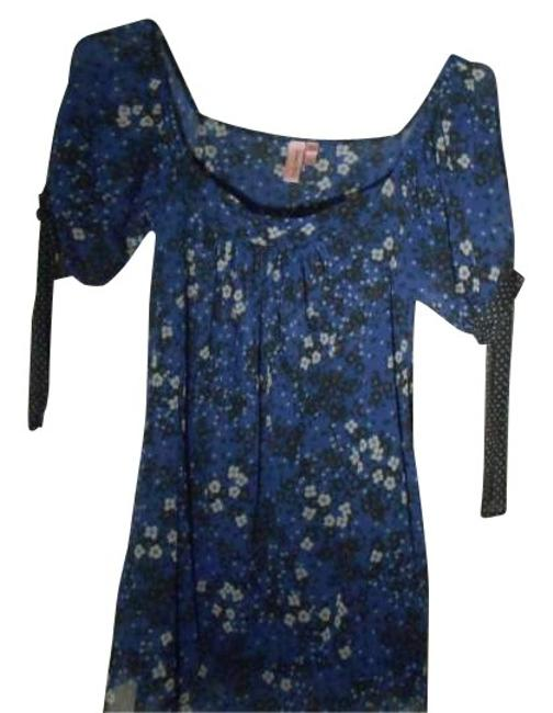 Preload https://item3.tradesy.com/images/sweet-pea-by-stacy-frati-blue-print-tunic-size-8-m-161317-0-0.jpg?width=400&height=650