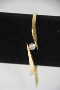 0.25ct. Genuine Round Diamond 14k Yellow Gold Bangle/bracelet 7