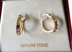 Kohls Dept Store Gold w/gemstone earrings