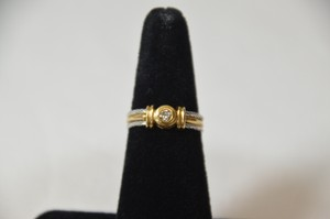 0.20ct. Genuine Round Diamond 14k Two Tone Gold Band/ring Size 6