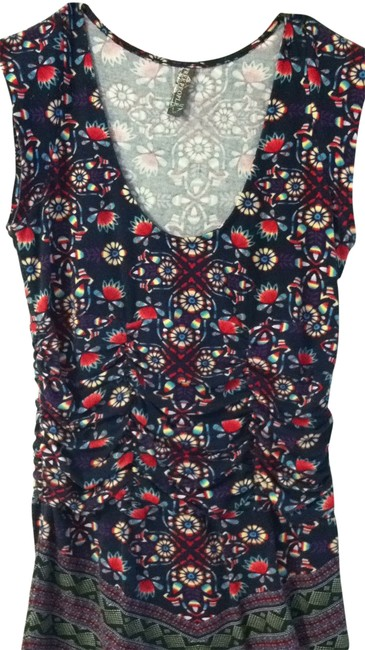 Preload https://item4.tradesy.com/images/free-people-navy-multi-tee-shirt-size-4-s-161348-0-0.jpg?width=400&height=650