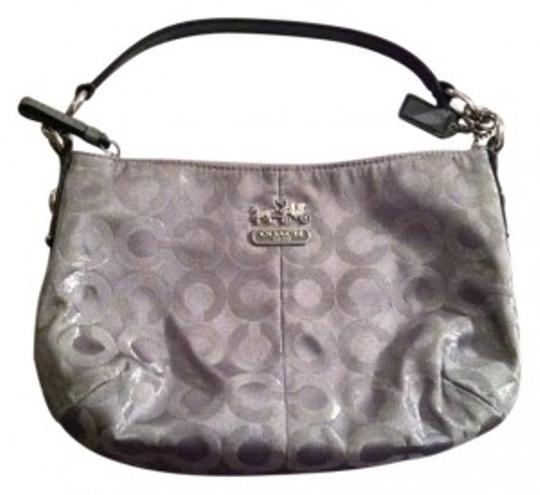Preload https://item1.tradesy.com/images/coach-g1082-44594-silver-lurex-sateen-interior-hobo-bag-161350-0-0.jpg?width=440&height=440