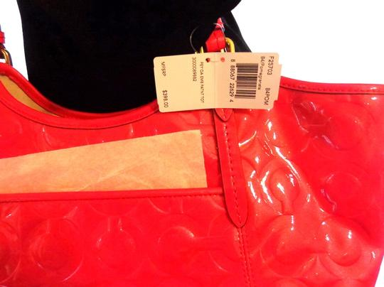 Coach Patent Leather Large Tote in Pomegranite
