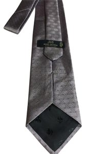 Brooks Brothers 346 pure silk stain resistant tie