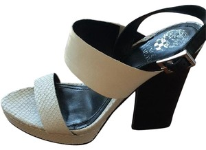 Vince Camuto White and black Platforms
