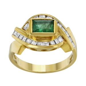 Saya 18k Yellow Gold 0.6 Cttw Diamonds & Emerald Ladies Ring (12761)