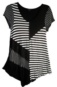 Cupio Lace Striped Top black & white
