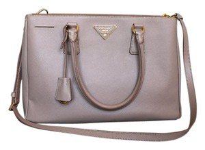 Prada ($50 OFF with code MID50) Saffiano Satchel Pink Tote in Pink/Cammeo