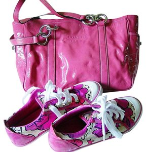 Coach Clean Patent Leather Tote in Fuschia