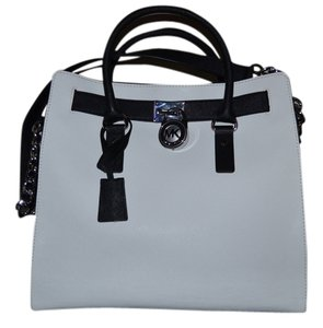 Michael Kors Tote in OPTICWHITE/BLACK