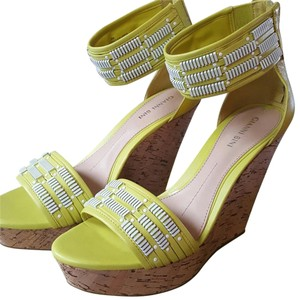 Gianni Bini Lime Sandals