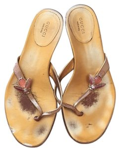 Gucci Pink/gold Sandals