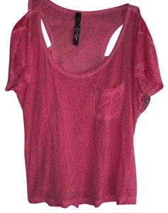 Jessica Simpson T Shirt Faded red and lace.